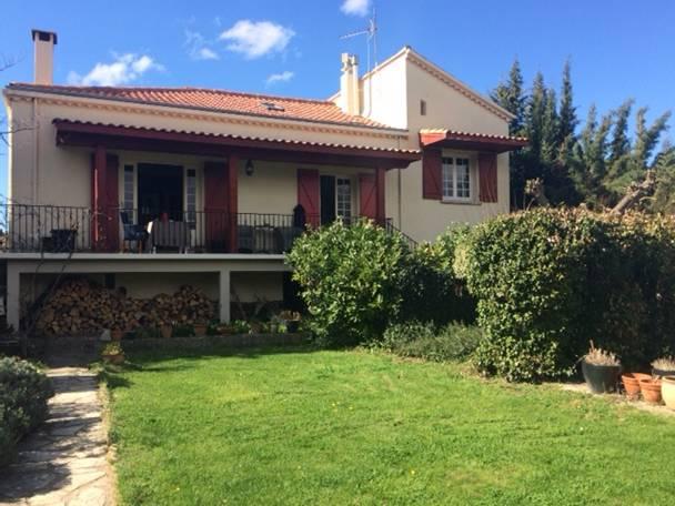 Huis te koop in frankrijk villa met grote tuin te koop for Huizen te koop frankrijk