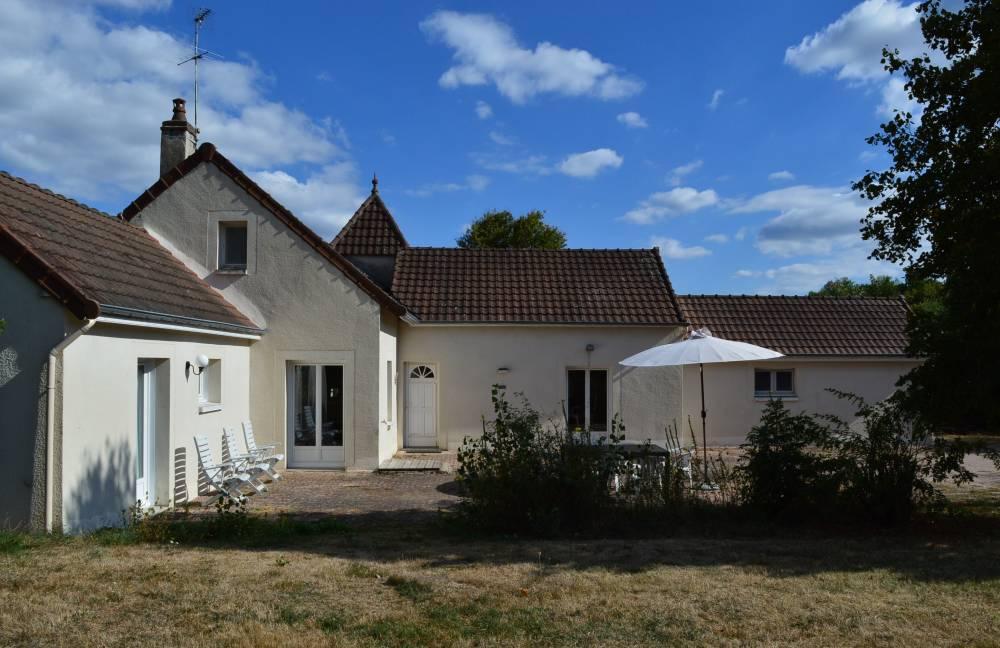 Huis te koop in frankrijk vrijstaand rustig gelegen for Huizen te koop frankrijk