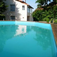 House for sale in France - FraEykzwembad.jpg