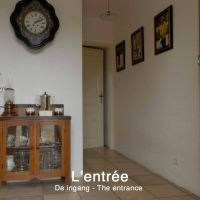 House for sale in France - 04.Entree.jpg